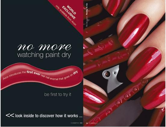 Brochure nail màu đỏ đen