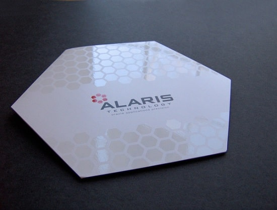 Thiết kế brochure hexagon
