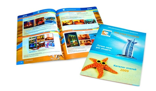 một mẫu catalogue du lịch bắt mắt