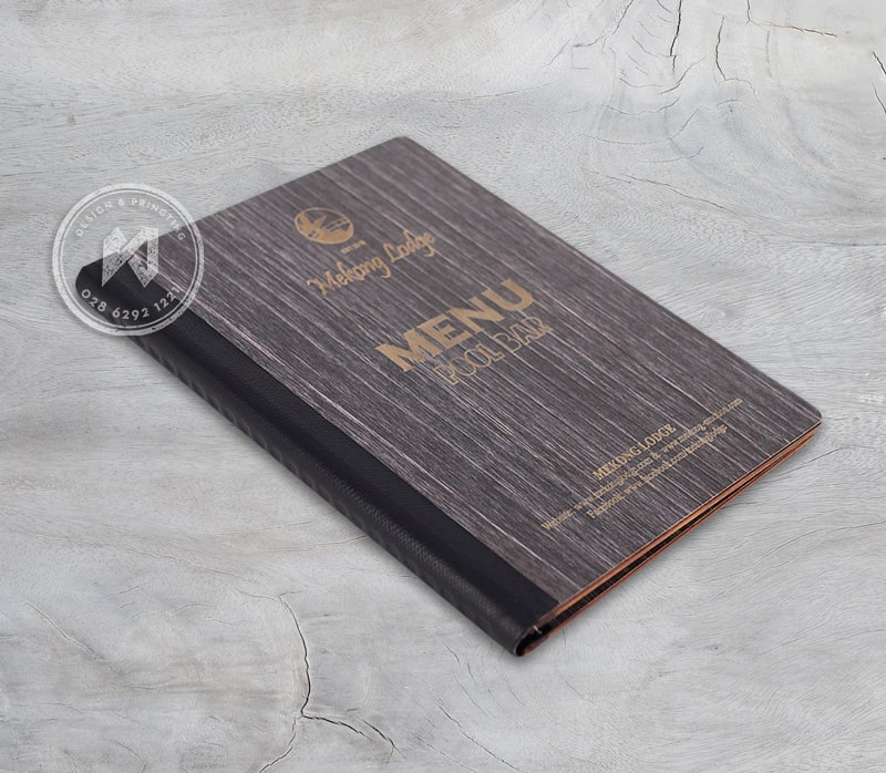 Bìa menu gỗ màu tối