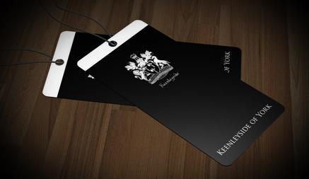 Mẫu thiết kế thẻ treo chuẩn