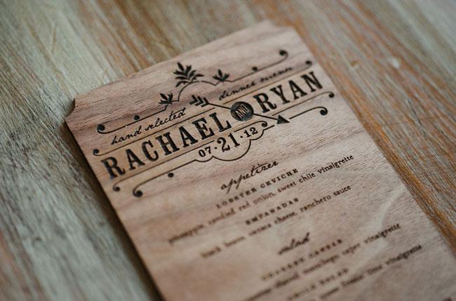 Làm menu gỗ khắc trực tiếp lên bìa