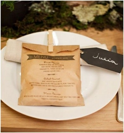Loại menu túi giấy, bên trong là món khai vị