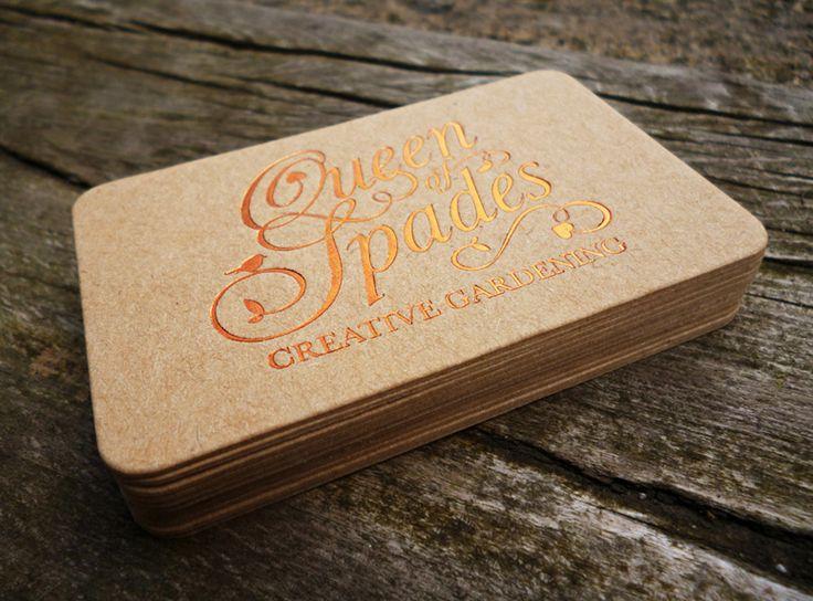 Mẫu in name card giấy kraft ép kim màu vàng đồng