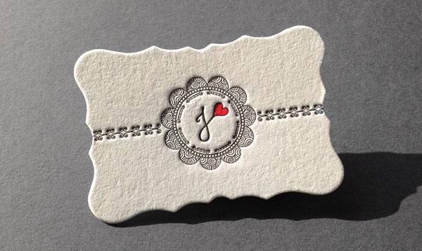in card visit kết hợp với khuôn đặc biệt
