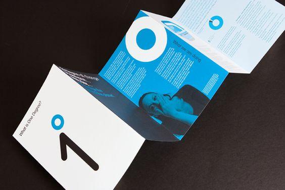 Mẫu thiết kế brochure sáng tạo từ sự đơn giản