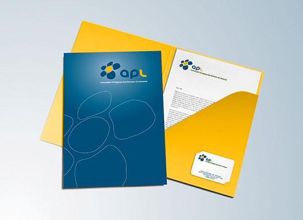 In folder giá rẻ - chất lượng cao. In folder kèm tài liệu
