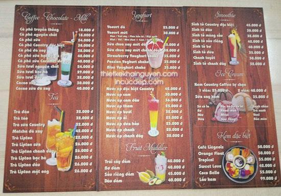In menu giả gỗ sử dụng màn nhám laminate cực bền cho quán cafe, trà sữa