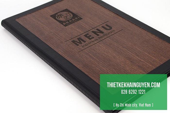 Thiết kế menu nhà hàng bằng gỗ