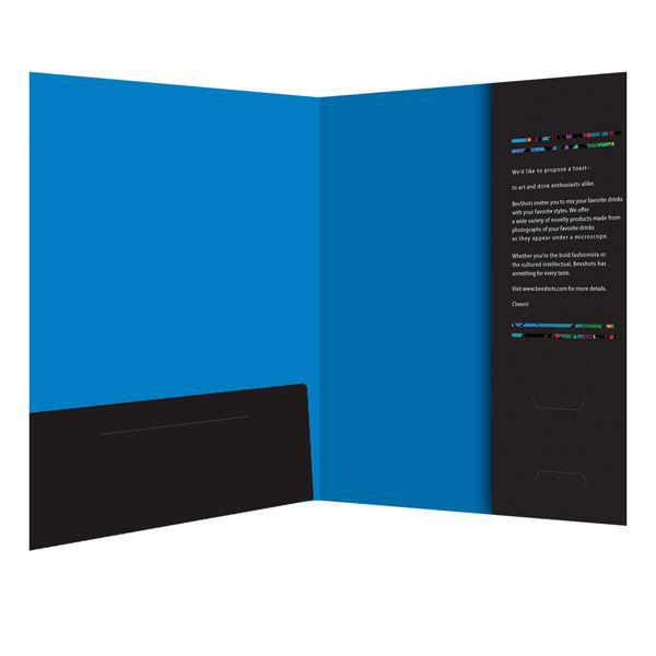 In folder 2 mặt, sử dụng 1 tai gấp thường + 1 tai gấp ngang