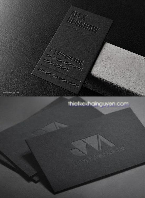 Làm card visit dập nhiệt không màu trên giấy đen