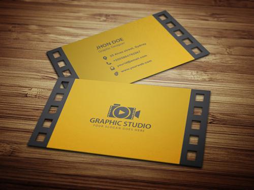 Name card độc sáng tạo từ cuộn phim