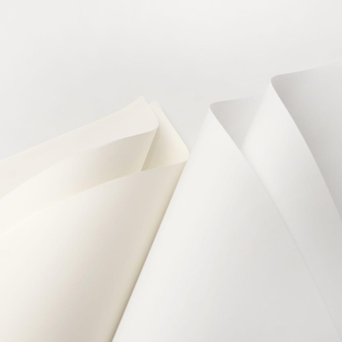 Klassica mềm mịn như lụa, rất thích hợp với name card trải nền.