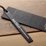 Thiết kế mẫu in thẻ treo quần áo sang trọng và ấn tượng