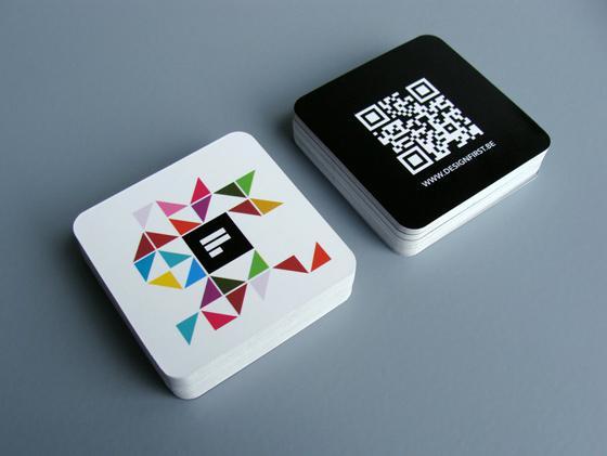 Thiết kế card visit hiện đại với qr-code và logo