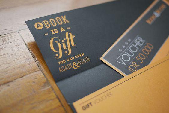 In thẻ quà tặng đẹp bằng giấy mỹ thuật