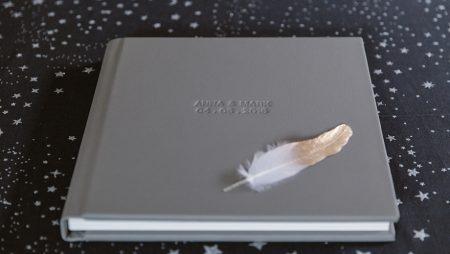 Những chất liệu làm bìa photobook siêu đẹp – bền – nhẹ.