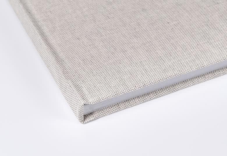 Vải linen giúp các đường gấp được mượt mà và đẹp hơn