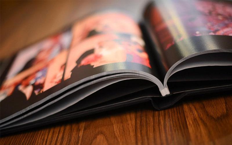 Mẫu thiết kế gáy photobook tạp chí