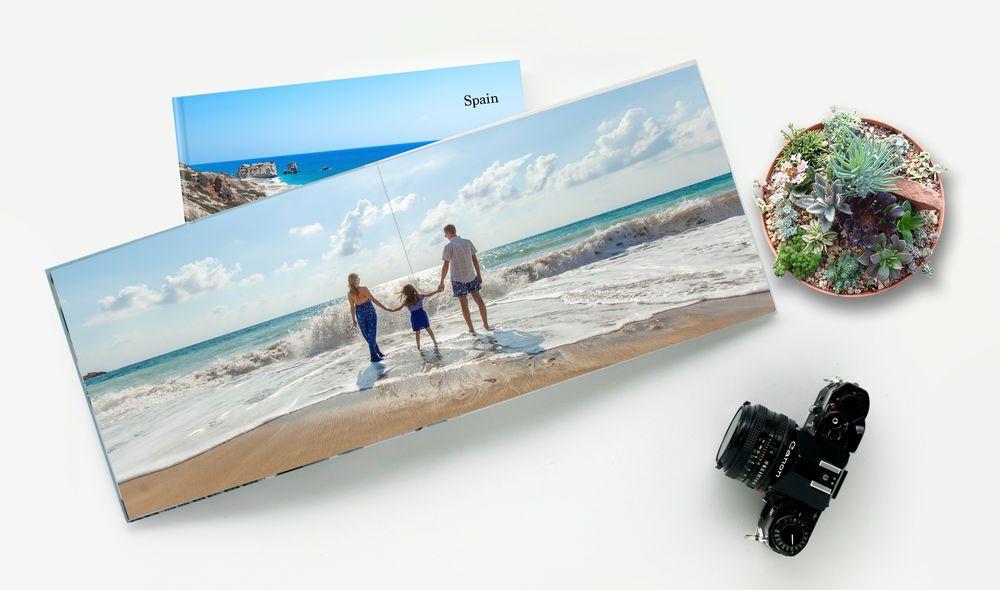 Photobook gia đình lưu giữ những khoảnh khắc đẹp của gia đình bạn