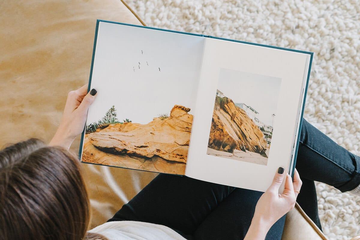 Mẫu sách ảnh đẹp với chất liệu bìa cứng dạng mở phẳng
