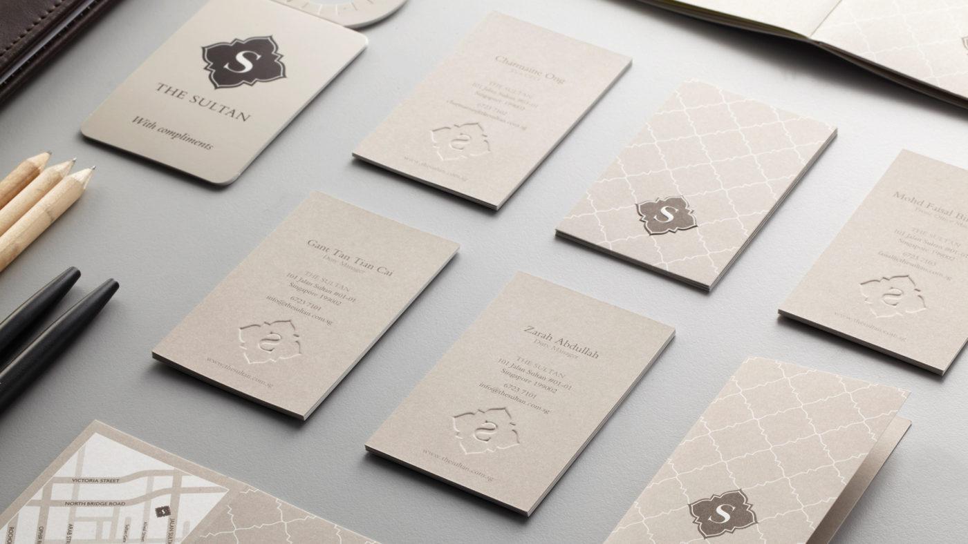 Card visit khách sạn - dạng card dập nổi