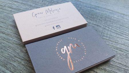 10 mẫu card ép kim đẹp xuất sắc trên giấy art màu tối