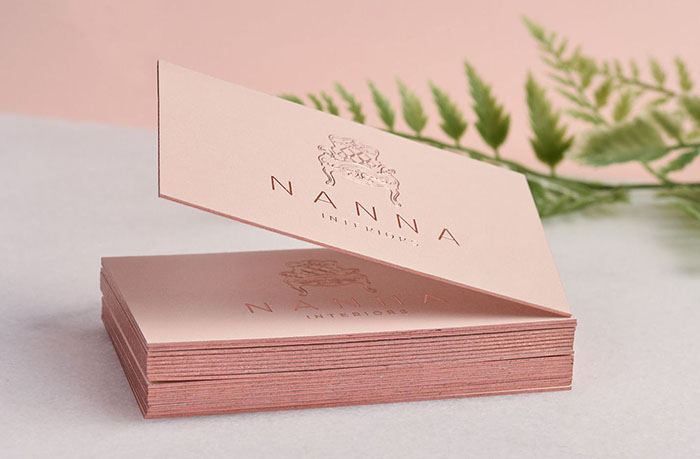 In name card ép kim và phủ viền cực đẹp