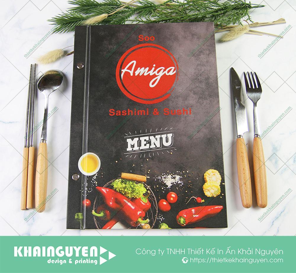 Bìa menu Amiga - Sashimi & Sushi được làm từ chất liệu bìa cứng