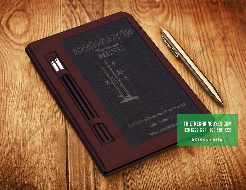 3870 - Làm menu bìa gỗ in logo trắng