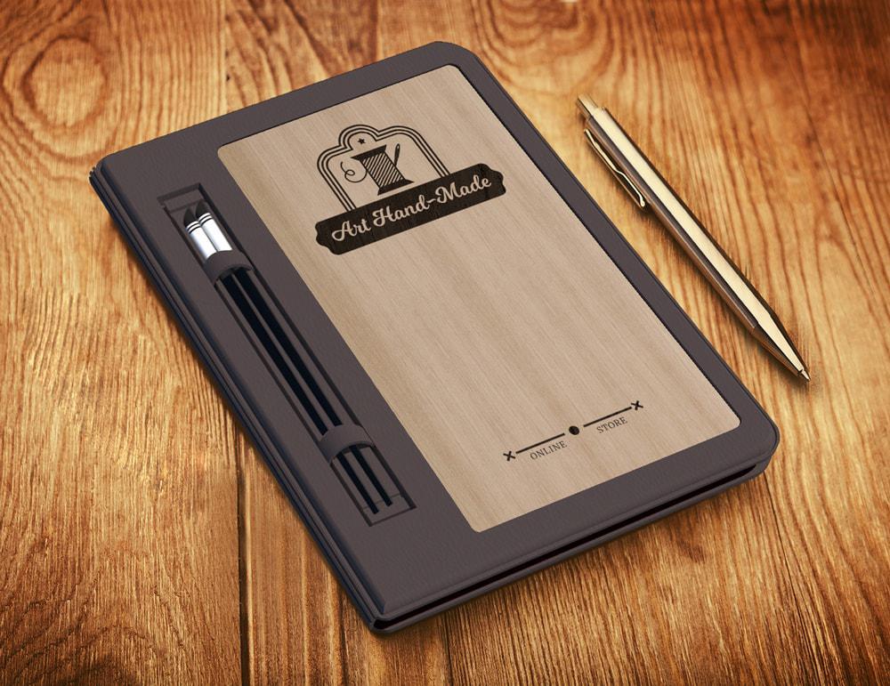 Mẫu bìa menu gỗ đẹp với vân gỗ sáng