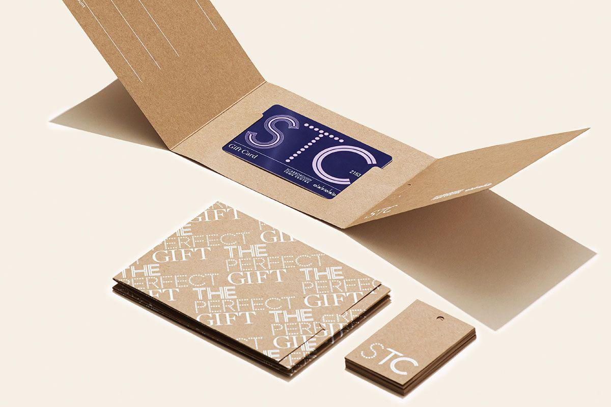 Hãy thử sáng tạo thêm khi làm gift voucher bằng giấy kraft