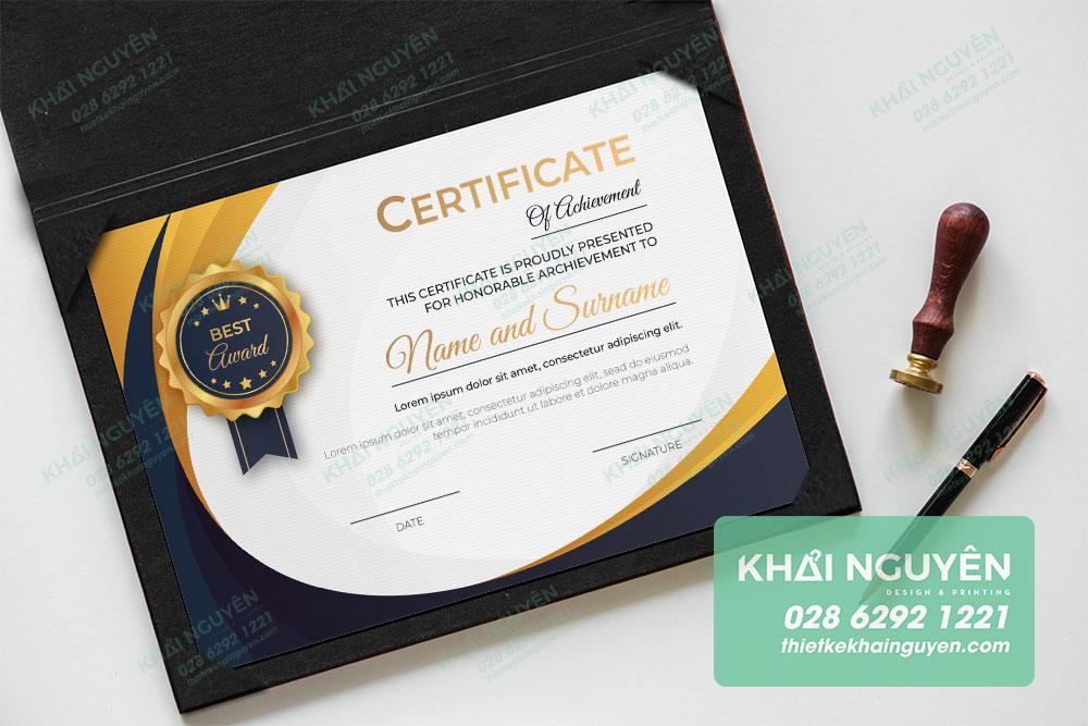 Certificate - mẫu thiết kế bằng khen hiện đại