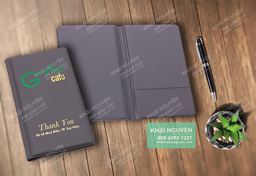 Green Cafe - bìa kẹp bill được gia công ép kim đặc sắc