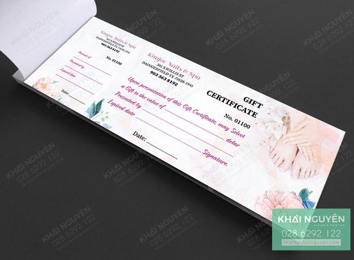 Mẫu thiết kế voucher dạng cuốn cho Nails Spa.