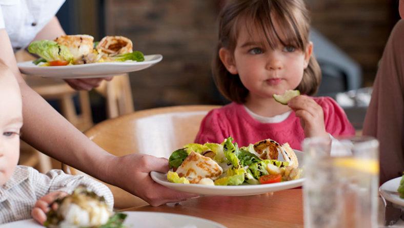 Xu hướng ẩm thực 2020 luôn chú trọng đến menu cho trẻ