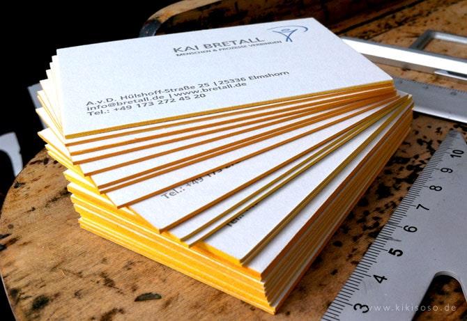 Mẫu card visit phủ viền màu vàng