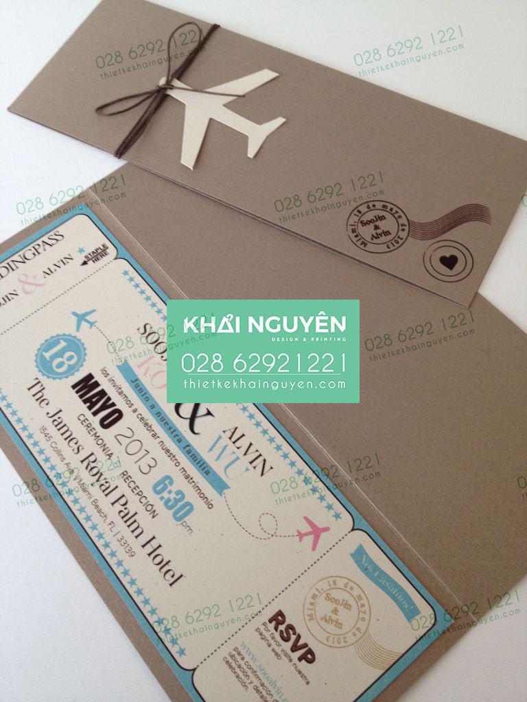 Mẫu thiệp vé máy bay đẹp được in bằng giấy kraft