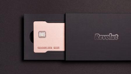 Mẫu gift card cao cấp với ý tưởng sáng tạo bất ngờ.