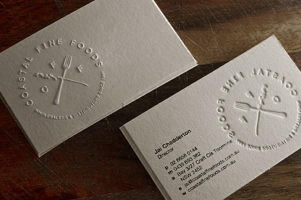 In name card dập nổi logo