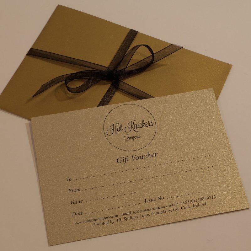 Giấy mỹ thuật chất liệu giấy in phiếu quà tặng chuẩn mà đẹp