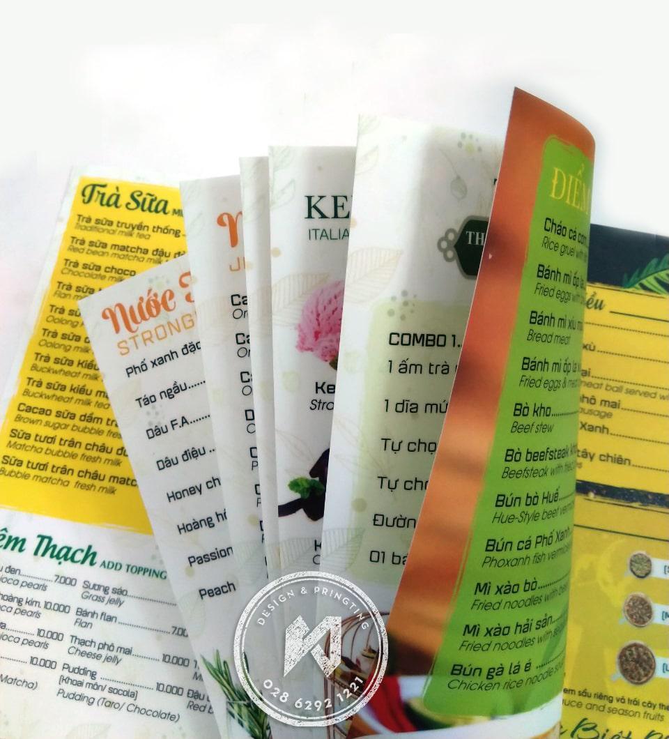 In menu giấy nhựa siêu nhẹ chống nước 100%.