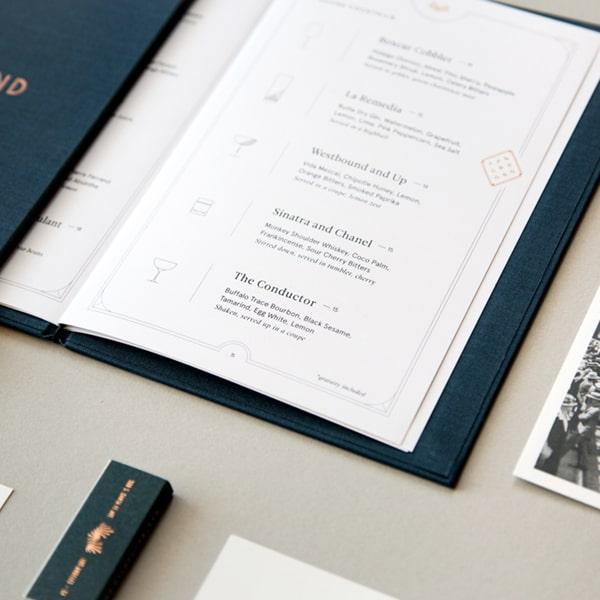 In menu bìa da phong cách hiện đại