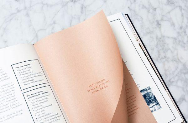 In menu nhà hàng bằng giấy mỹ thuật
