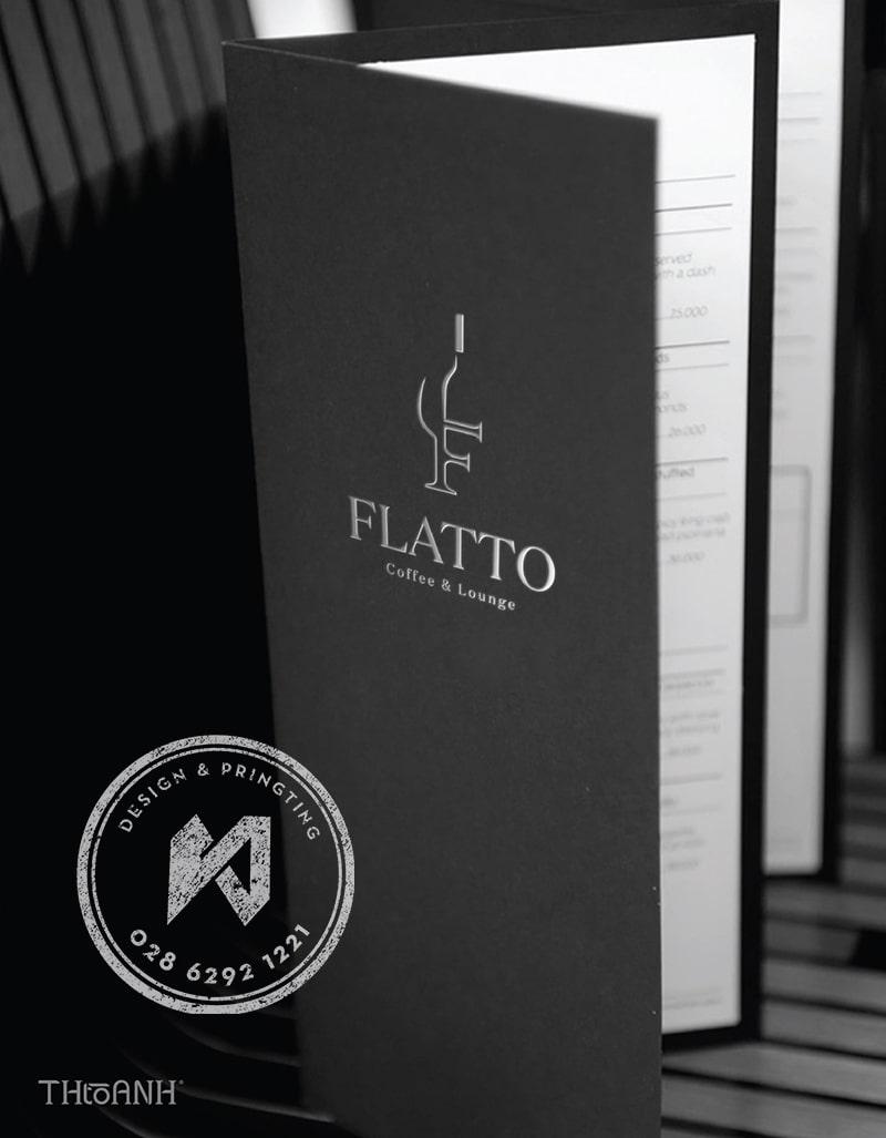 Logo Flatto được hiện thực trên cuốn menu