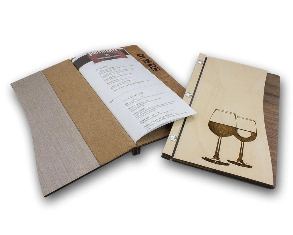 Bìa menu gỗ bế hình ấn tượng