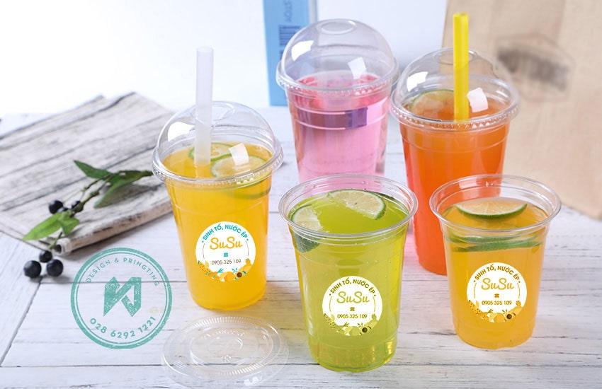 In logo dán ly quán nước nhiều màu sắc