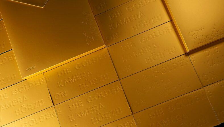 Card visit vàng gold đặc sắc
